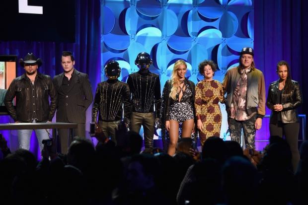 Beyoncé e o time de artistas por trás do TIDAL (Foto: Reprodução)