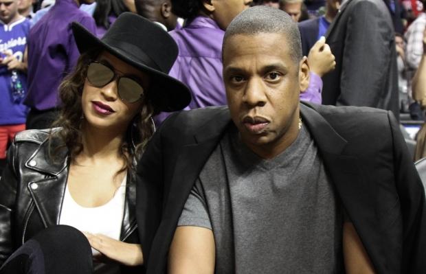 Beyoncé e Jay Z assistiram ao jogo com Kendrick Lamar (Foto: GC Images)