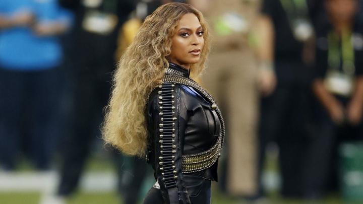 Beyoncé se apresenta com Coldplay e Bruno Mars no Super Bowl (Foto: Divulgação)