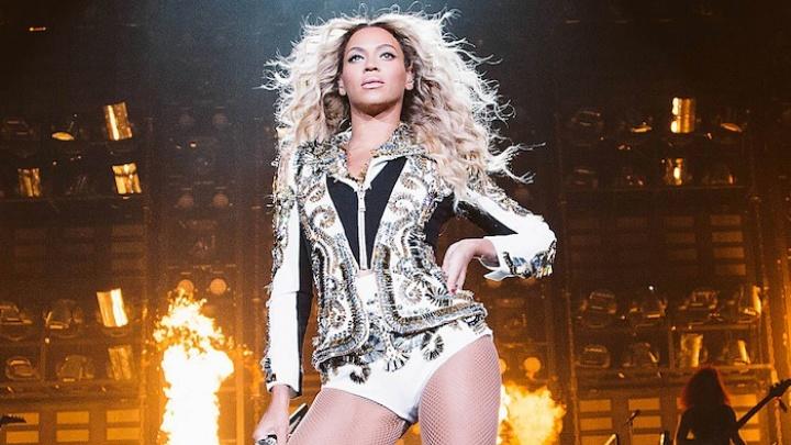 Beyoncé na turnê 'Mrs. Carter Show' (Foto: Reprodução)