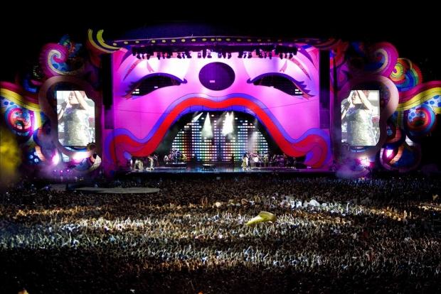 Mika - 'Live Parc des Princes' (Foto: Reprodução)