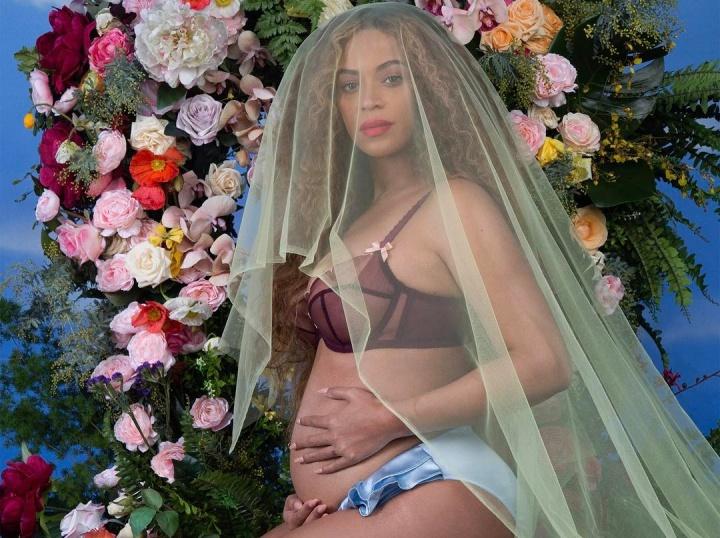 Beyoncé anuncia gravidez de gêmeos (Foto: Reprodução)