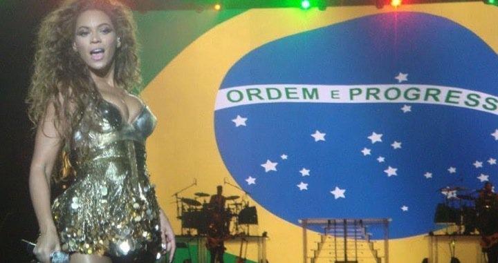 Beyoncé em show no Rio de Janeiro, 2010 (Foto: Reprodução)