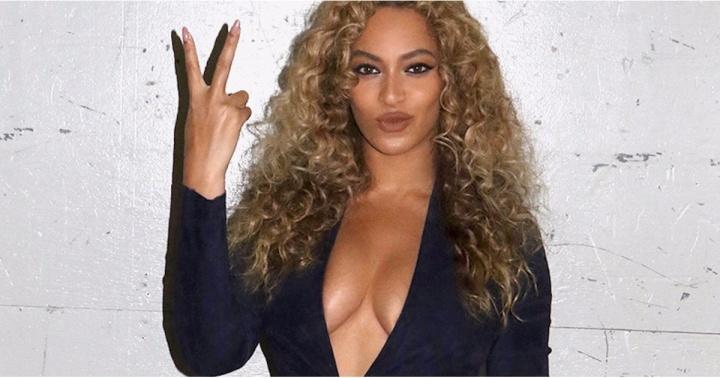 Beyoncé; dez 2016 (Foto: Divulgação)