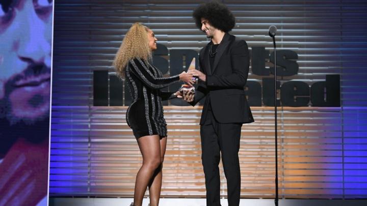 Beyoncé e Colin Kaepernick (Foto: Reprodução/ESPN)