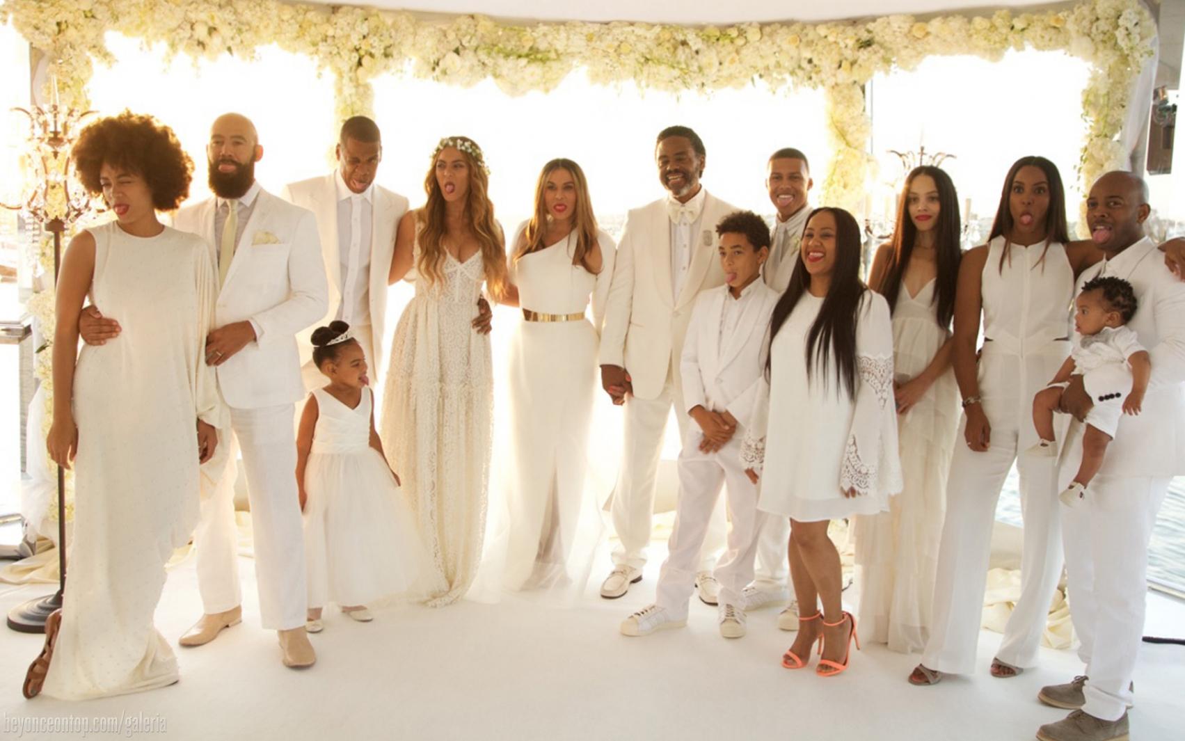 Cerimônia do casamento da mãe de Beyoncé aconteceu em um iate